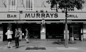 Murrays Bar And Grill